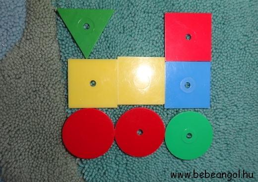 játsszunk a formákkal a gyerekekkel angolul - építsünk vonatot körből, négyzetből, és háromszögből