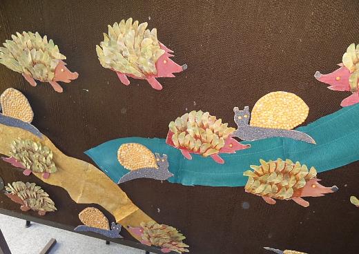 őszi termésekkel, őszi falevelekkel kreatívkodtunk angolul a gyerekekkel
