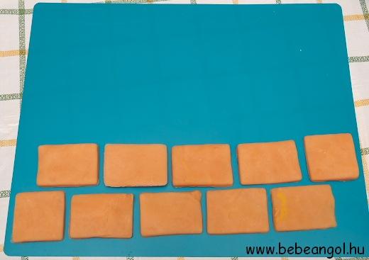 the wall is ready - kész a fal a főzött sóliszt gyurmából a játékos angolozáshoz