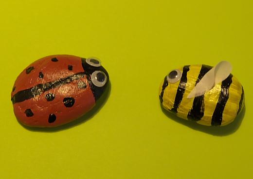 pebble bee + pebble ladybird